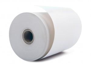 Weiße Papierrolle auf Weißem Grund